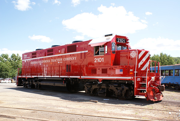 CoGeneration, genset, locomotives, Brookville, brookville equipment, CCT, CARB, ULEL, GP38 Locomotive